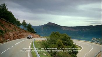 2013 Ford Escape TV Spot, 'Opposites Attract' - Thumbnail 9