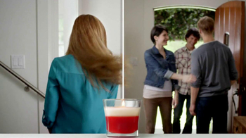 Redesigned Glade Candle TV Spot - Thumbnail 8