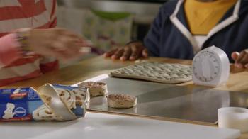 Pillsbury Cinnabon Rolls TV Spot, 'Break It Down' - Thumbnail 5