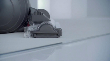 Dyson DC41 Animal Complete TV Spot, 'Rather a Good Idea' - Thumbnail 3