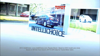 2012 Toyota Corolla TV Spot, 'People Who Know Cars' - Thumbnail 2