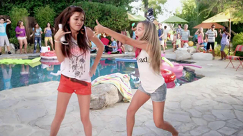 Just Dance 4 TV Spot, 'Us' - Thumbnail 7