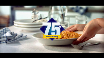 Kraft Macaroni & Cheese TV Spot, 'Another Family' - Thumbnail 10
