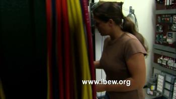 IBEW TV Spot, 'Lightbulb' - Thumbnail 10