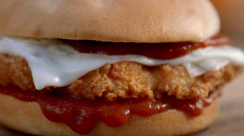 Burger King Chicken Parmesan Sandwich TV Spot, 'Dog' - Thumbnail 7
