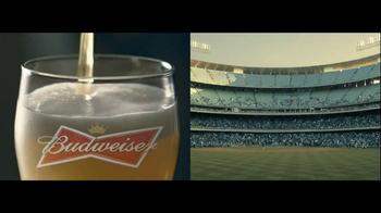 Budweiser TV Spot, 'Double Screens' - Thumbnail 4