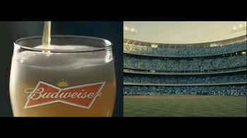 Budweiser TV Spot, 'Double Screens' - Thumbnail 5