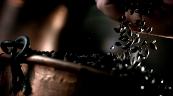 Guinness Black Lager TV Spot, 'Something About Black' Song by Gin Wigmore - Thumbnail 6