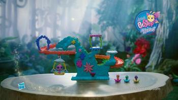 Littlest Pet Shop Fairy Fun Rollercoaster TV Spot, 'Down the Slide' - Thumbnail 10