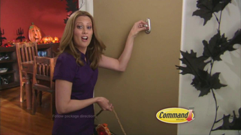 Command Clear TV Spot, 'Halloween Decorations' - Thumbnail 4