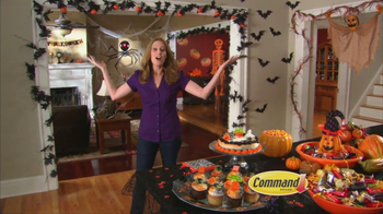 Command Clear TV Spot, 'Halloween Decorations' - Thumbnail 8