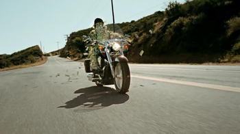 GEICO Motorcycle Money Man TV Spot, 'Driving Through' - Thumbnail 1