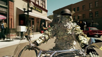 GEICO Motorcycle Money Man TV Spot, 'Driving Through' - 1007 commercial airings