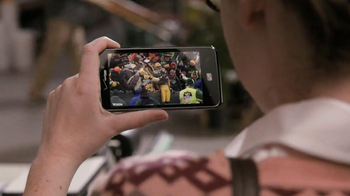 Verizon TV Spot, 'NFL Mobile' Featuring Stephanie Allynne - Thumbnail 5