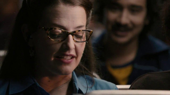 Verizon TV Spot, 'NFL Mobile' Featuring Stephanie Allynne - Thumbnail 7