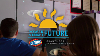 Clorox TV Spot, 'Discovery Elementary School' Featuring Bonnie Bedelia - Thumbnail 7