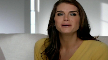 La-Z-Boy Columbus Day Sale TV Spot, 'Redecorating' Featuring Brooke Shields - Thumbnail 2