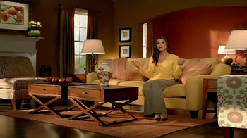 La-Z-Boy Columbus Day Sale TV Spot, 'Redecorating' Featuring Brooke Shields - Thumbnail 5