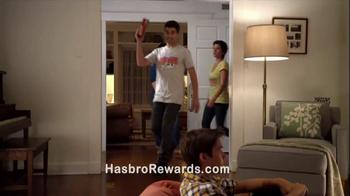 Yahtzee TV Spot, 'Hasbro Game Night: Bringing the Game' - Thumbnail 6
