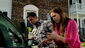 Safelite Auto Glass TV Spot, 'Couple' - Thumbnail 4