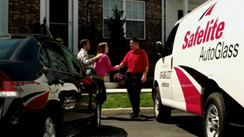 Safelite Auto Glass TV Spot, 'Couple' - Thumbnail 7