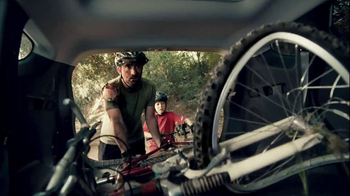 2013 Hyundai Santa Fe TV Spot, 'Don't Tell Mom/Dad' - Thumbnail 8