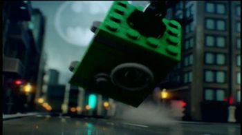 LEGO DC Universe Super Heroes TV Spot, 'Save the City' - Thumbnail 1