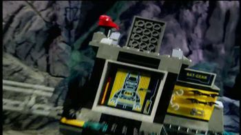 LEGO DC Universe Super Heroes TV Spot, 'Save the City' - Thumbnail 2