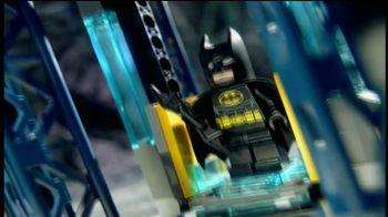 LEGO DC Universe Super Heroes TV Spot, 'Save the City' - Thumbnail 3