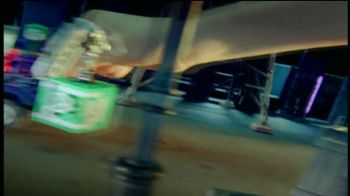 LEGO DC Universe Super Heroes TV Spot, 'Save the City' - Thumbnail 6