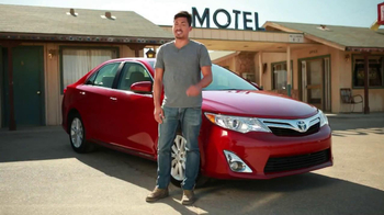 Toyota Camry TV Spot, 'Comedy Central: On the Road' - Thumbnail 7