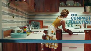 Frigidaire Double Ovens TV Spot, 'Timeline' - Thumbnail 5