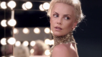 J'Adore Dior TV Spot Feat. Charlize Theron, Song by The Gossip - Thumbnail 6