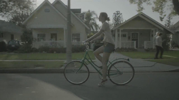 Stryker Get Around Knee TV Spot, 'Bike Wheels'