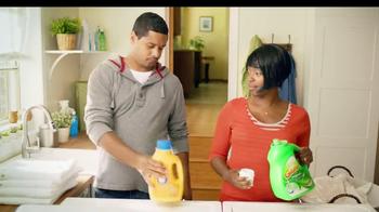 Gain Detergent with Clean Boost TV Spot 'Sheet Hog' - Thumbnail 1