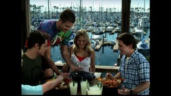 Joe's Crab Shack TV Spot 'Take Your Top Off' - Thumbnail 5