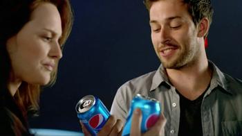 Pepsi TV Spot 'Close Encounters' - Thumbnail 2