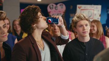 Pepsi TV Spot Featuring Drew Brees and One Direction - 224 commercial airings