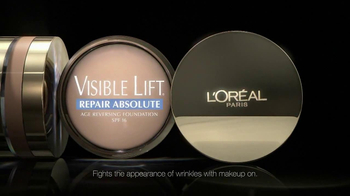 L'Oreal Visible Lift TV Spot Feat. Andie MacDowell - Thumbnail 4