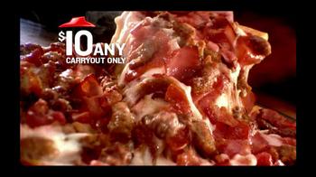 Pizza Hut $10 Any Pizza Carryout TV Spot, 'Prize Wheel' - Thumbnail 7