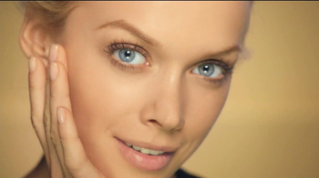 Olay Total Effects CC Cream TV Spot - Thumbnail 7