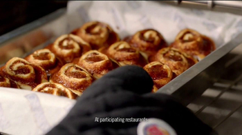 Burger King Cinnabon Minibon Rolls TV Spot, 'Exciting Things' - Thumbnail 4
