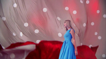 Target TV Spot, 'Red' Featuring Taylor Swift - Thumbnail 6