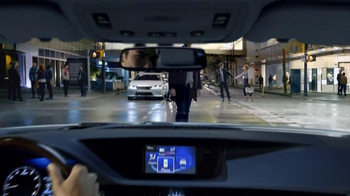 2013 Lexus ES 350 TV Spot Featuring Squeak E. Clean - Thumbnail 7
