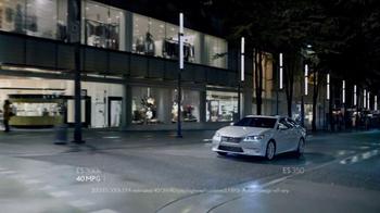 2013 Lexus ES 350 TV Spot Featuring Squeak E. Clean - Thumbnail 8