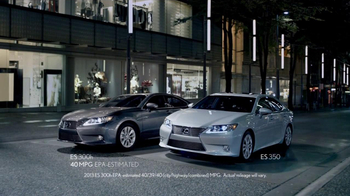2013 Lexus ES 350 TV Spot Featuring Squeak E. Clean - Thumbnail 9