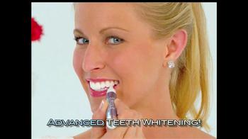 Finishing Touch TV Spot, 'Teeth Whitening' - Thumbnail 4