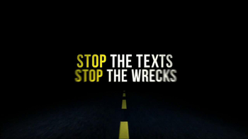 Stop the Texts, Stop the Wrecks TV Spot, 'Intersection' - Thumbnail 6