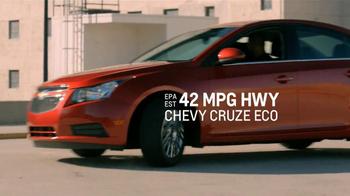 2012 Chevy Cruze TV Spot, 'Sky Banner' - Thumbnail 7
