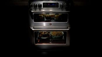 GE Appliances Cafe Line Ovens TV Spot, 'Mole Sauce' - Thumbnail 2